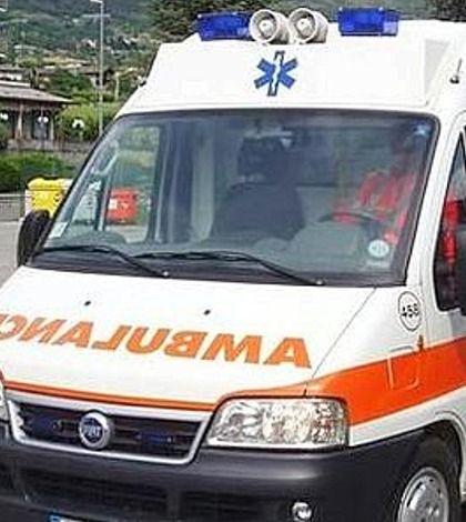 Sacerdote travolge con l'auto 2 persone a Santa Venerina - http://www.lavika.it/2013/09/sacerdote-travolge-con-lauto-2-persone-a-santa-venerina/