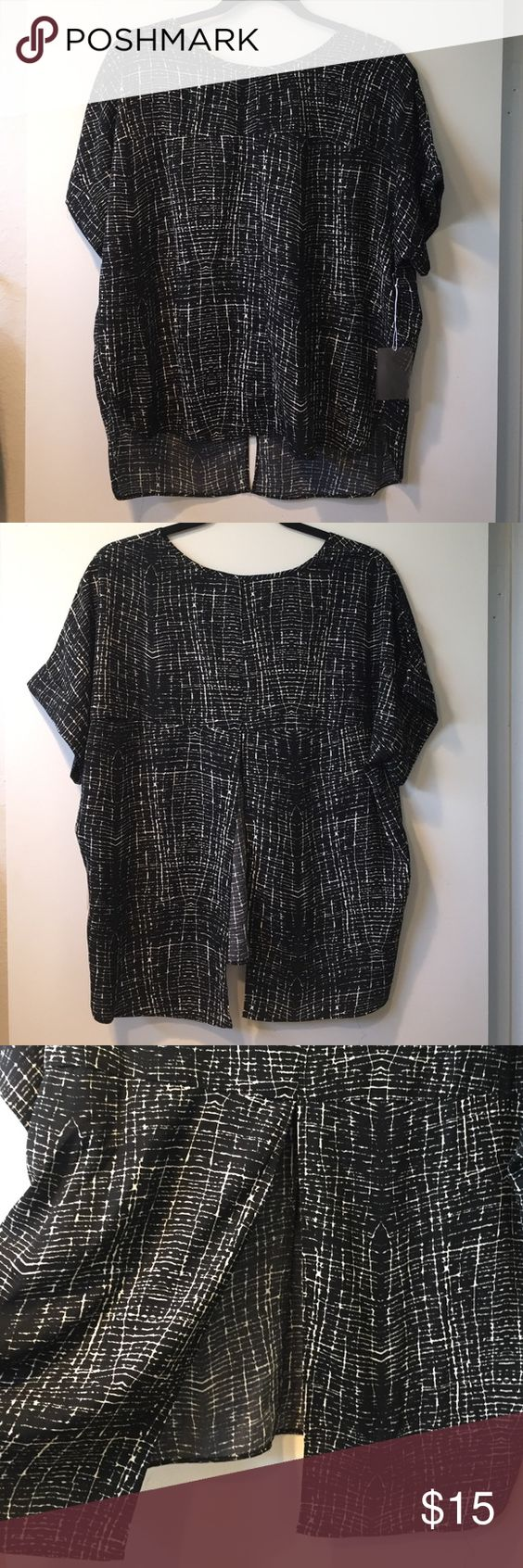 Boxy Blouse Brand new with tags. Half open back slit. Fits like M/L Forever 21 Tops Blouses