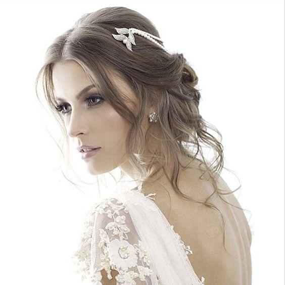 Editorial da nova coleção de joias do Carol Bassi Atelier. Wedding Dress Atelier Carla Gaspar.