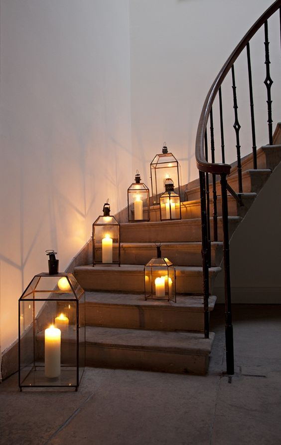 Lanterns to line steps.