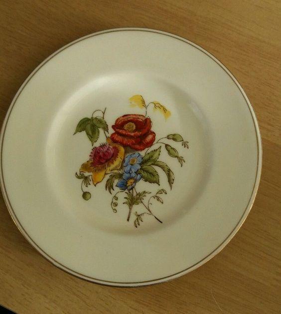 Wedgwood Plate - Bone China - Rare - Vintage #Smallsideplatesize