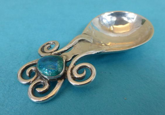 Rare Art Nouveau Sterling Silver Enamel Caddy Spoon Heart Ramsden & Carr 1907