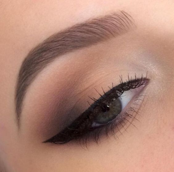 7 Tips on How to Use Brow Stencils - makeup ideas - eye makeup #makeup: