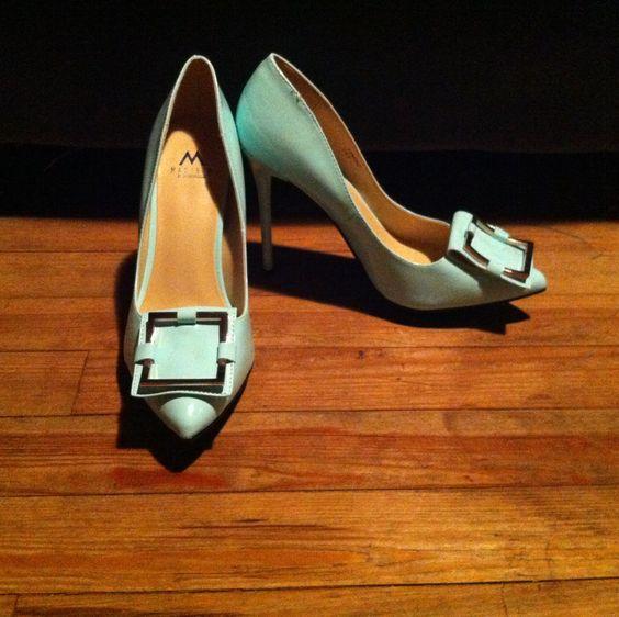 Shoe dazzle mint heels