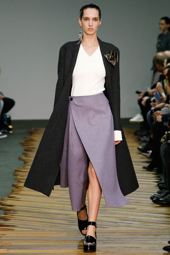 Céline Fall 2014 RTW - Runway Photos - Fashion Week - Runway, Fashion Shows and Collections - Vogue