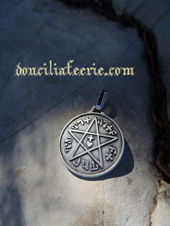 Doucila Feerie - Je m'appelle Médaille Sceau de Salomon ,  et porte la référence 560121. mon Prix est de 15,00€