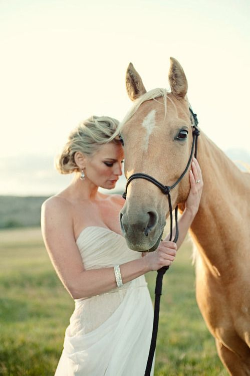 My dream to photograph a bride with a horse!