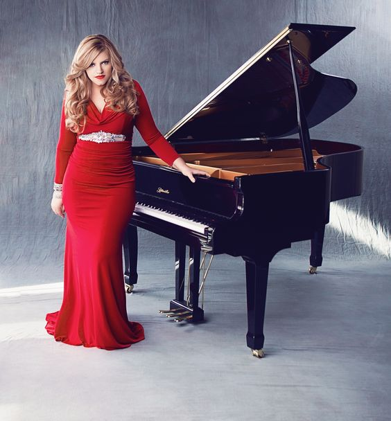 Pianist/Composer Jennifer Thomas Photo by Kat Hennessey Ritmuller piano provided by Skelley Pianos, Tacoma, WA Dress by Badgley Mischka #piano #reddress