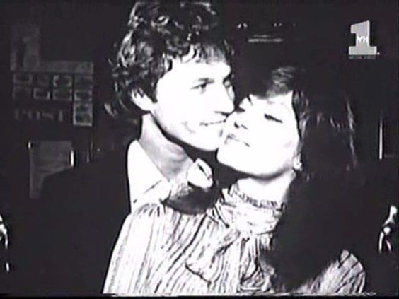 Victoria Principal and Andy Gibb - I love this picture so much