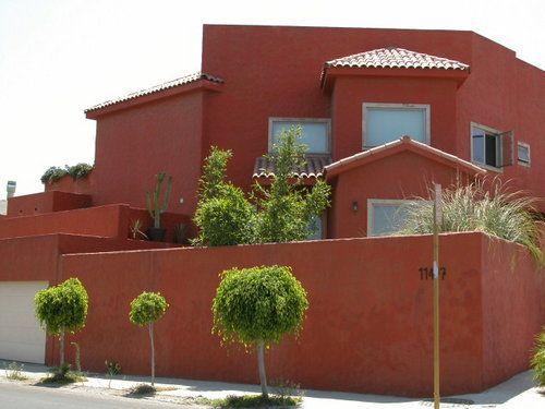 Colores De Fachadas De Casas Bonitas En Peru Arizona House House Styles Facade