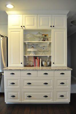Built-in pantry