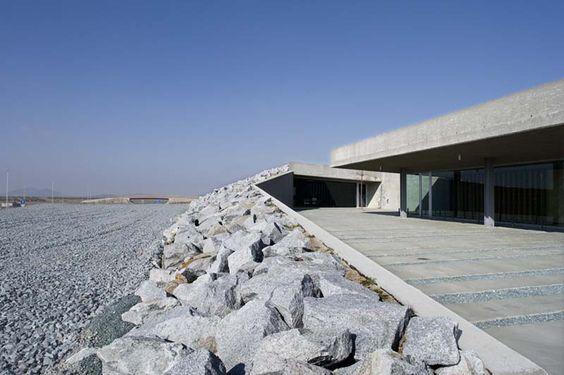 Bernalte & León    Centro de Tráfico (Toledo, España)    2006    © Ángel Baltanás