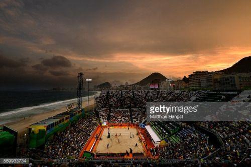RIO DE JANEIRO, BRAZIL - AUGUST 15: (EDITORS NOTE: A graduated... #armacaodepera: RIO DE JANEIRO, BRAZIL - AUGUST 15:… #armacaodepera