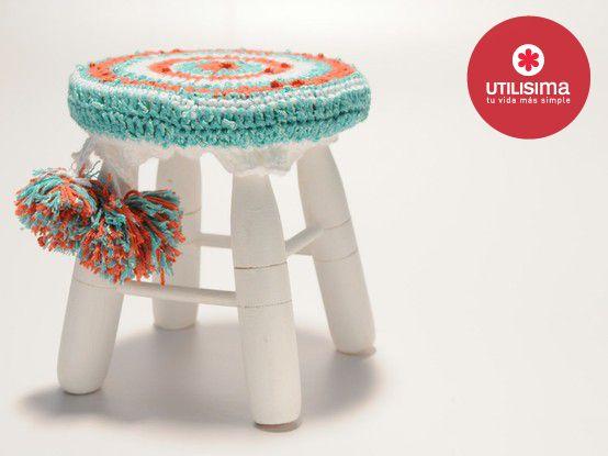 Mini banqueta con detalle de asentadera en crochet y pompones. www ...