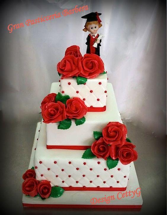 Le torte decorate di CettyG...: Laurea...