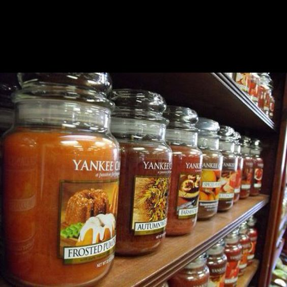 yankee candle fall scents are the best!