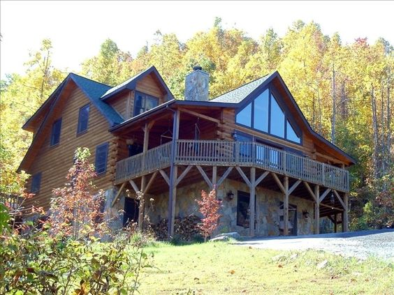 Lodge vacation rental in Black Mountain 338135