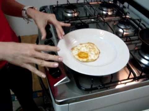 Como fritar ovo de forma saudável - cucinadijuliana.com.br