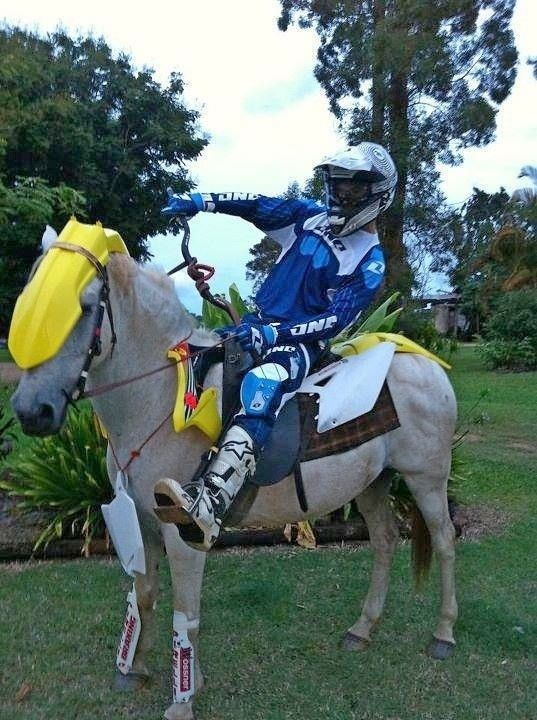 Dirtbike Vs Horse Dirt Bikes Motocross Love Dirt Bike Racing