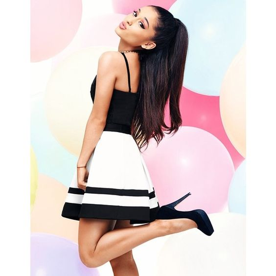 Ariana Grande For Lipsy Stripe Mini Skater Skirt (€48) ❤ liked on Polyvore featuring skirts, mini skirts, flared mini skirt, mini skater skirt, skater skirt, flared skirt and circle skirt