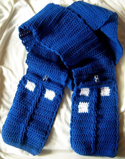 Free Crochet Pattern Tardis Hat : Crochet tardis, Scarfs and Crochet on Pinterest