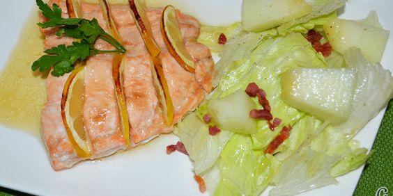 Salmon al horno glaseado con jarabe de arce y limón