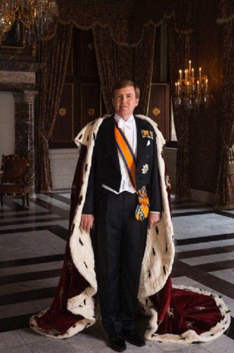 King Willem-Alexander (Willem-Alexander Claus George Ferdinand) (1967-living2013) Netherlands. Husband of Queen Máxima Zorreguieta Cerruti (1971-living2013) Argentina.