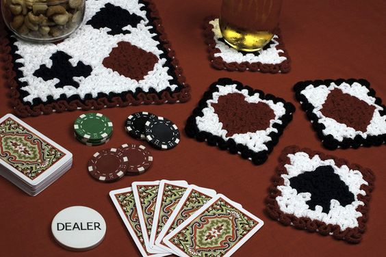 Wiggly Playing Cards Set crochet pattern available at TheCrochetArchitect.com.