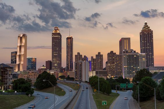 Atlanta Skyline at Sunset [OC] [6000x4000]