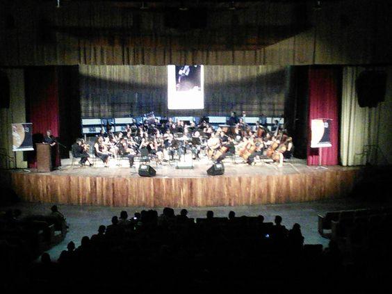 Orquesta sinfónica de juventudes Pedro León Torres en el Teatro Alirio Díaz