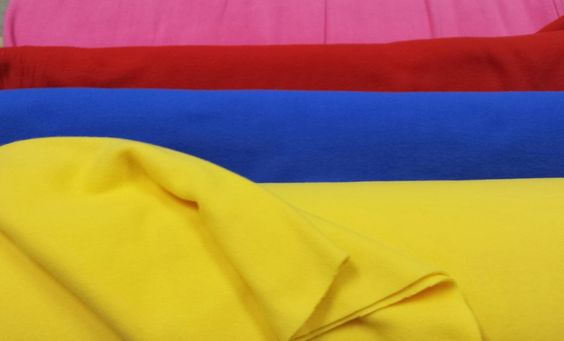 #pile: tessuto indicato per le le #feste di #carnevale all'aperto! Crea il tuo #costume!