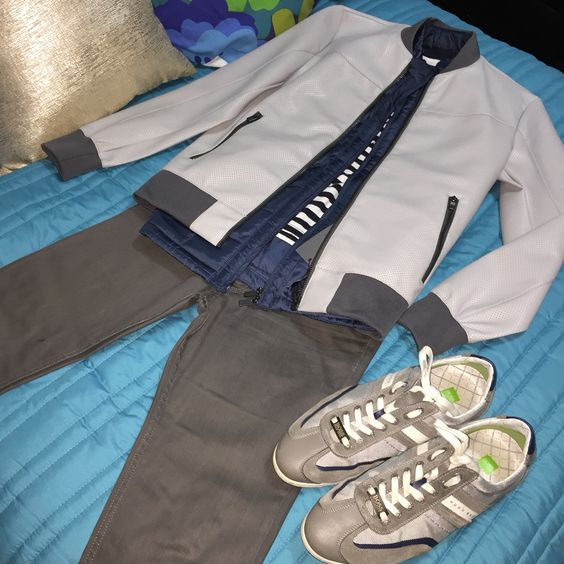 #man #men #menstyle #manstyle #style #fashion #clothes #Jacket #greyjacket #HugoBoss #Zara #lacoste #estilodf #estilo #ropa #tips #leatherjacket #mensclothing #guy