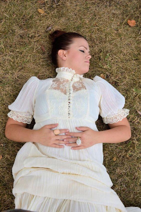 beautiful vintage ivory dress in mint condition by Cristenmichelleart on Etsy https://www.etsy.com/listing/250249099/beautiful-vintage-ivory-dress-in-mint