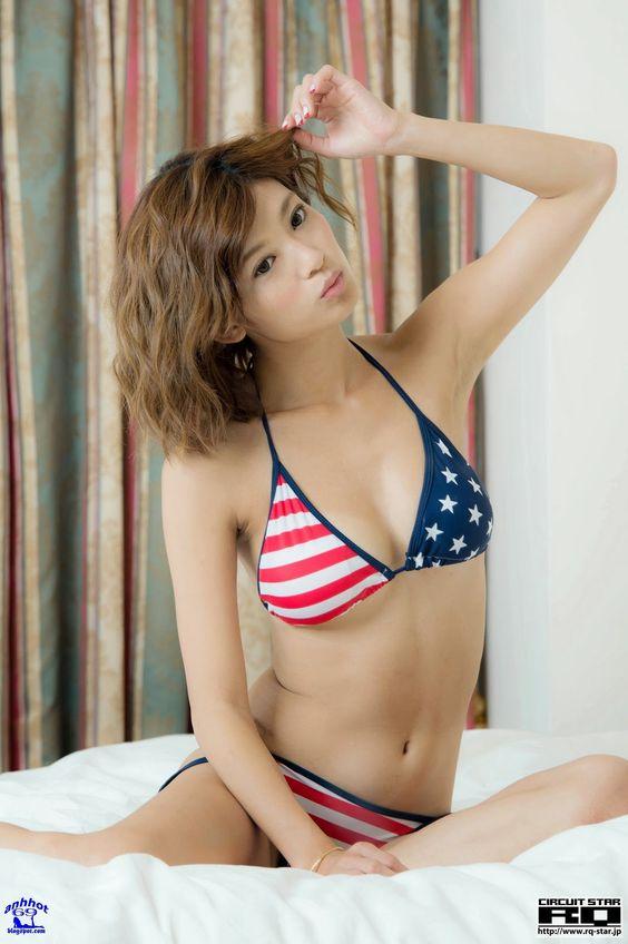 yoshika-tsujii_RQ-Star-No.965_124
