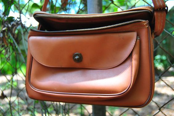 Vintage Camera Bag - Photography Accessories - Brown Vinyl with zipper and shoulder strap - Hipster Case