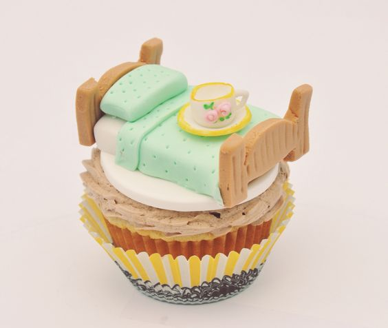 """""""Tea in bed"""" cupcake by Be Sweet by Maria"""