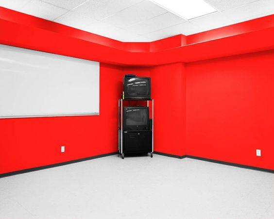 Colorful Photographs of Offices – Fubiz Media