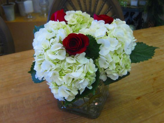 Hydrangea red rose centerpiece wedding inspirations