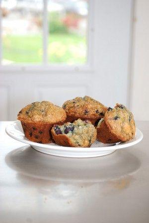 skinny blueberry oat muffins