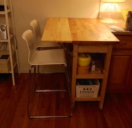 IKEA Hackers: Kitchen cart with drop leaf extension - what a neat idea for a small space!