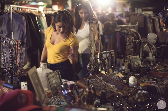 ICONS Vintage Market. Photo by Lindsays Diet