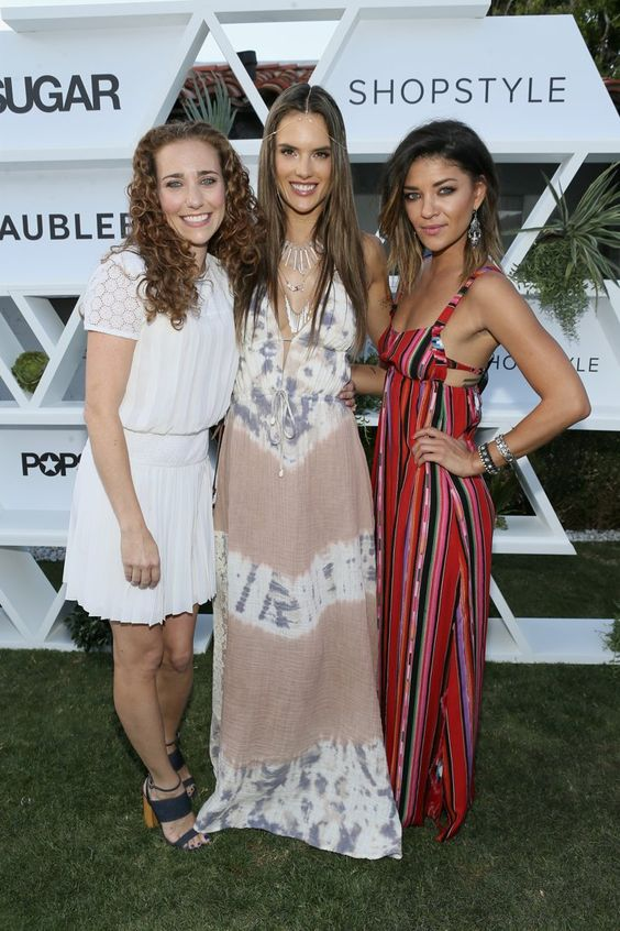 Pin for Later: Les Stars se Lâchent à Coachella Lisa Sugar, Alessandra Ambrosio, et Jessica Szohr