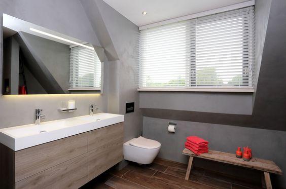 Voorbeeld van een gerealiseerde badkamer door sanidrome het badhuis uit scheemda sanidr me - Amenager badkamer ...
