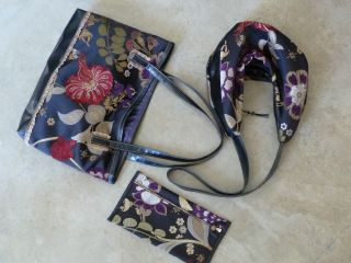 matching pieces to use together, or not...  #faux leather #purses #tapestries #jackie robbins