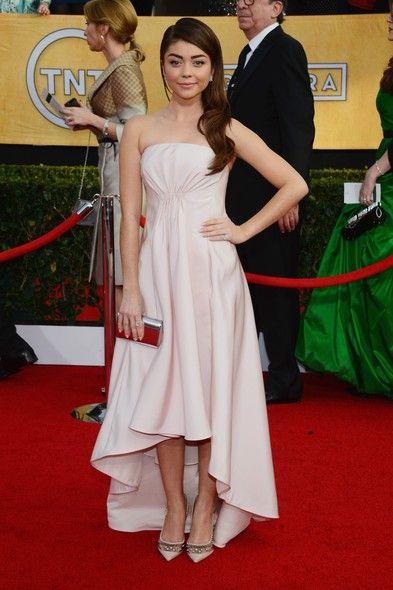 Sarah Hyland  in Pamella Roland, Jimmy Choo Pumps at Screen Actors Guild Awards 2014