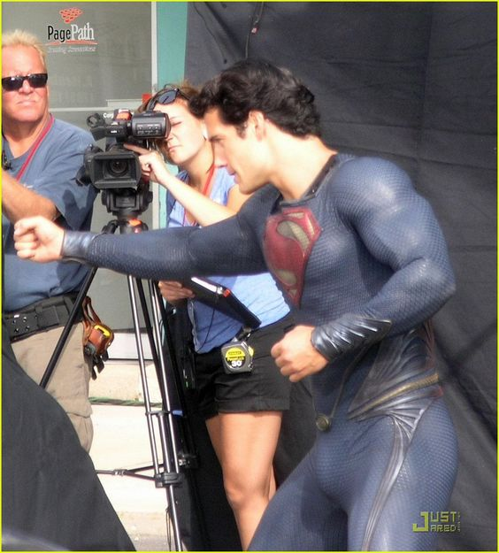 henry cavill superman man of steel set photos 05