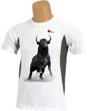 Camiseta toro corriendo de frente