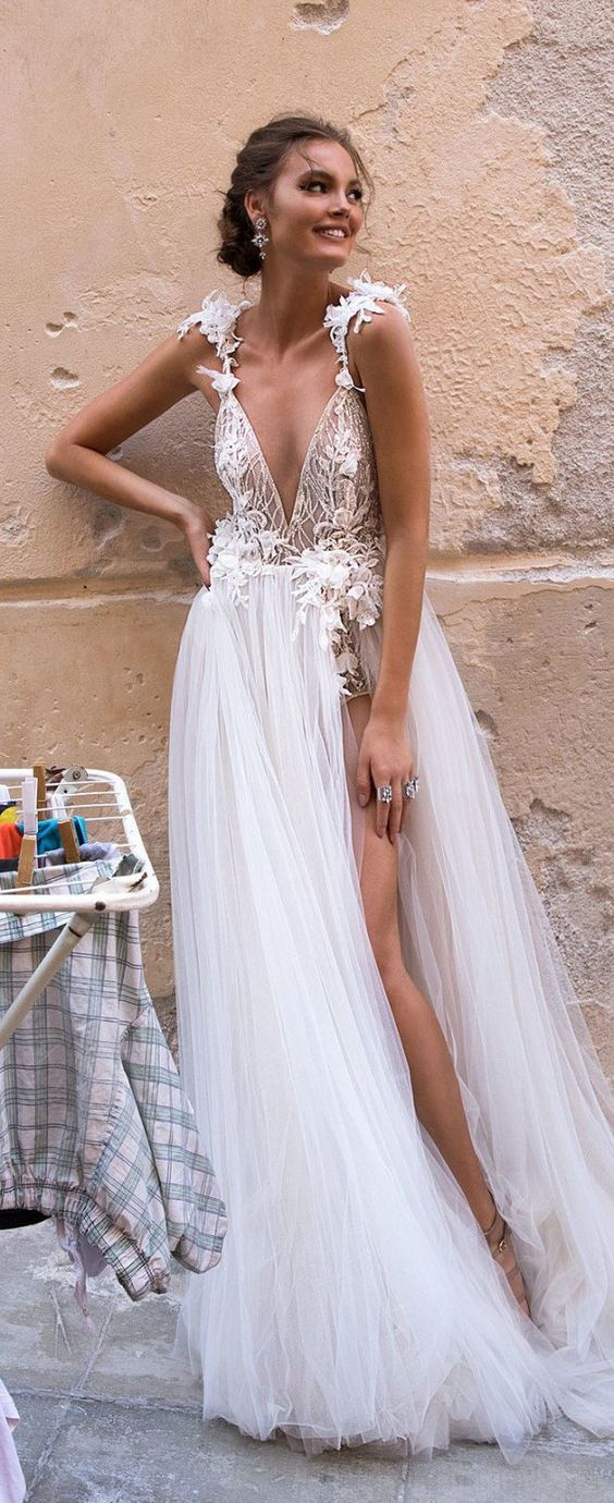 an ultra-chic bridal collection of fabulous wedding dresses