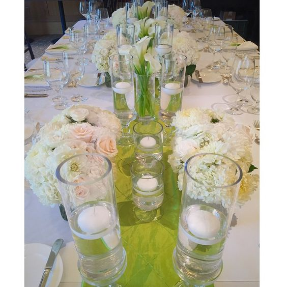 I guess I'm into green and white these days...simple, clean, crisp. #tanjeeryndesigns #floraldesigner