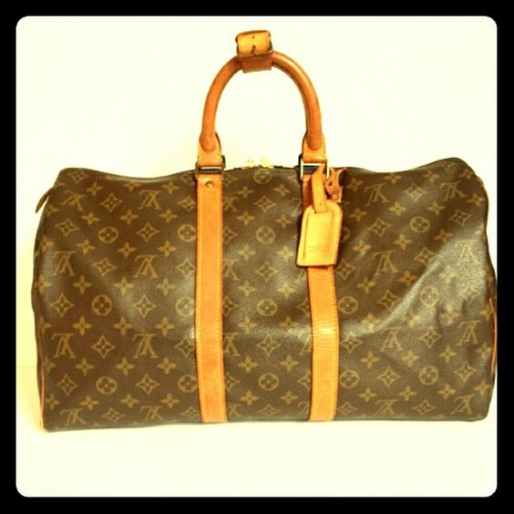 Authentic LV luggage bag Plenty room large LV luggage tote.. Louis Vuitton Bags